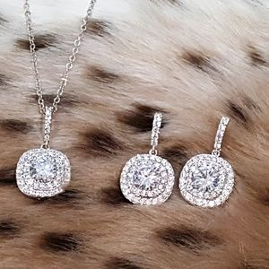 Jewelry - Brilliant Cubic Zircon Necklace Set